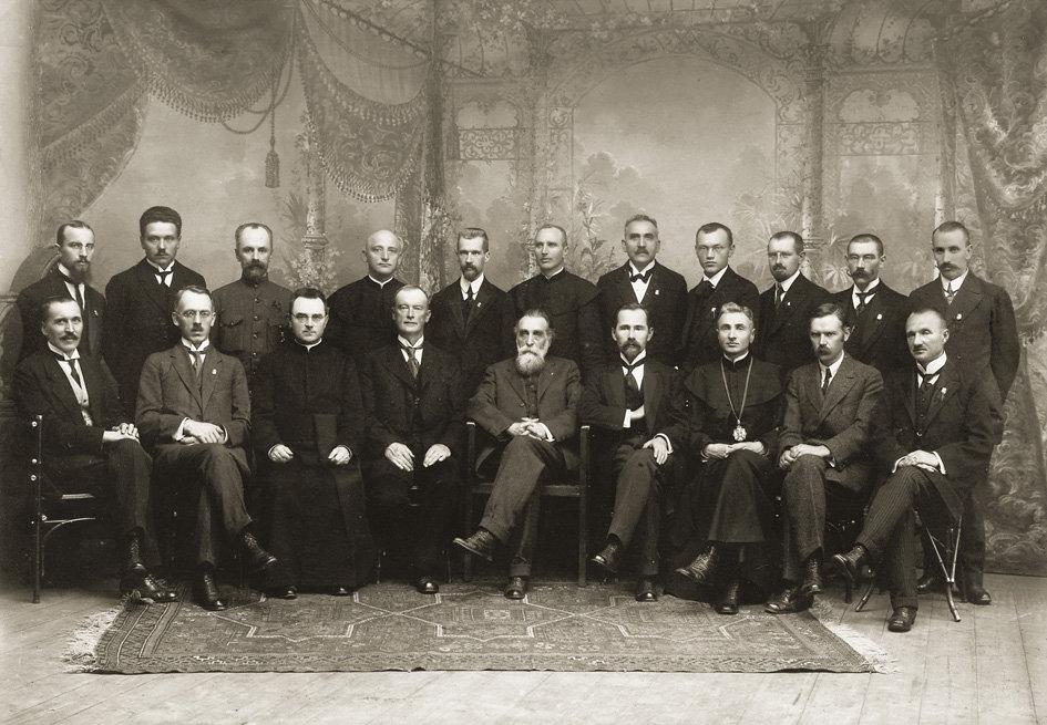 net-ketvirtadalis-lietuvos-tarybos-nariu-buvo-aktyvus-masonai-54ddd2c7cf85e